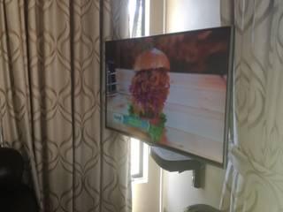 Dormitorios de estilo rústico de Rounded Pixels Media Rústico