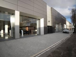 Jop Jaguar Land Rover Porto:   por N&N-Arquitectura e Planeamento, Lda