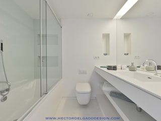 PENTHOUSE IBIZA Baños de estilo minimalista de HTH DESIGN Minimalista