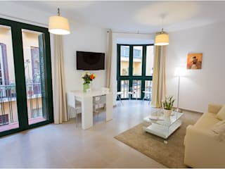 Apartamentos turísticos Franquelo Margarita Jiménez moreno Salones de estilo moderno Blanco