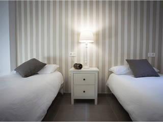 Apartamentos turísticos Franquelo Margarita Jiménez moreno Dormitorios de estilo moderno