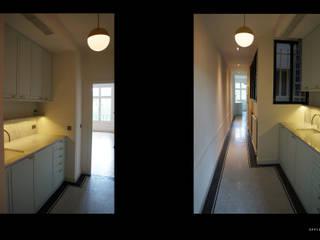 Corridor & hallway by Laure van Gaver