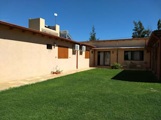 ECOS INGENIERIA Single family home Beige