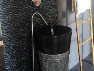 Czarna umywalka wolnostojąca - czarna umywalka stojąca: styl , w kategorii Łazienka zaprojektowany przez Lux4home™