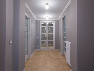 Architetto Francesco Franchini Classic style corridor, hallway and stairs