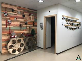 Estudi Aura, decoradores y diseñadores de interiores en Barcelona Eclectische scholen Hout Rood