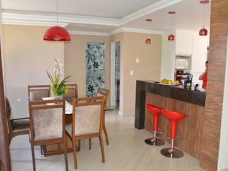 Cozinha americana: Salas de jantar campestres por Solange Figueiredo - ALLS Arquitetura e engenharia