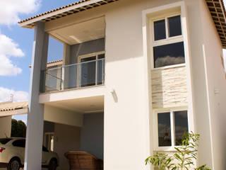 Casa JV por Renato Medeiros Arquitetura Colonial