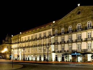 ทางเดินสไตล์คลาสสิกห้องโถงและบันได โดย Ferreira de Sá คลาสสิค