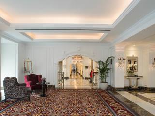 Hotel Intercontinental Porto, Palácio das Cardosas: Corredores e halls de entrada  por Ferreira de Sá