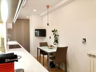 Isoko Proyecto Встроенные кухни Изделия из древесины Черный
