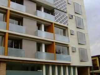 EDIFICIO CORPUS 60: Casas de estilo  por RIVAL Arquitectos  S.A.S.