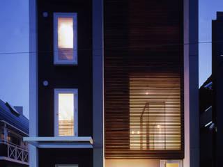 Piscinas de estilo minimalista de 石川淳建築設計事務所 Minimalista