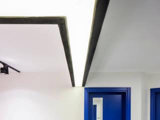 IKLIMA SENOL ARCHITECTURAL- INTERIOR DESIGN & CONSTRUCTION – RECEP BAKIRCI OFİSİ:  tarz