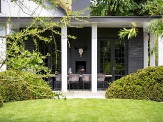 bosvilla // Blaricum Landelijke balkons, veranda's en terrassen van Studio FLORIS Landelijk