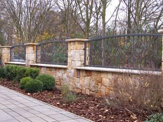 Sandstein Steinzaun - Golden History Klassischer Garten von Tschechische Steinmetze Klassisch