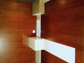 officinaleonardo Minimalist style doors Wood White