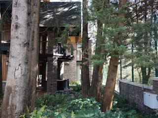 jardín posterior: Jardines en la fachada de estilo  por Verde Lavanda