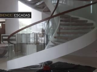 ambience escadas e corrimão