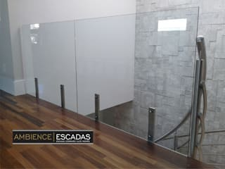 ambience escadas e corrimão Modern Terrace Glass Transparent