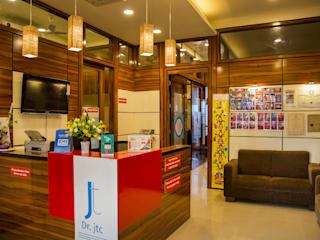 POISE Office Space: Doctor's Clinic Poise Modern clinics
