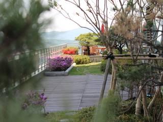 옥상정원_타워팰리스 펜트하우스 옥상 정원 프로젝트 모던스타일 정원 by (주)더숲 모던