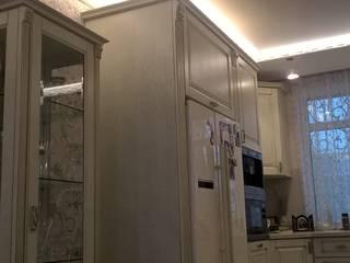 Парящий натяжной потолок Гостиная в классическом стиле от студия Потолочный PRO Интерьер Классический