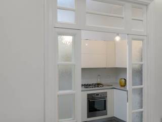 Casa AC Cucina in stile classico di Giulia Villani - Studio Guerra Classico