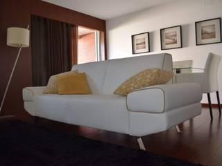 Sala de estar e de jantar. por Blossom decoração Eclético