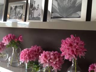 Estantes - perspectiva do lado esquerdo.:   por Blossom decoração