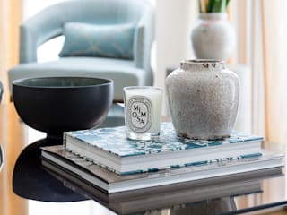 HIGH RISE GLAMOUR: asian Living room by Anouska Tamony Designs