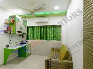 Mr.Chokshi Moderne Wohnzimmer von SP INTERIORS Modern