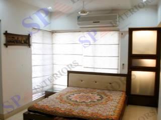 Shalin bhai Moderne Schlafzimmer von SP INTERIORS Modern