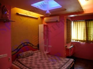 Shahil Jain Moderne Schlafzimmer von SP INTERIORS Modern