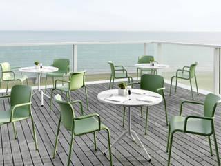 Zona relax di design in terrazza ArredaSì GiardinoAccessori & Decorazioni Metallo