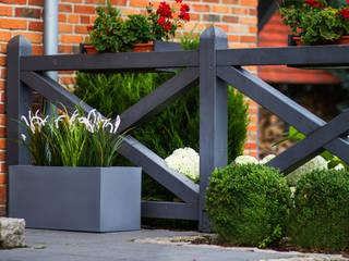 donica ogrodowa: styl , w kategorii  zaprojektowany przez Family Garden Grzegorz Tarnowski