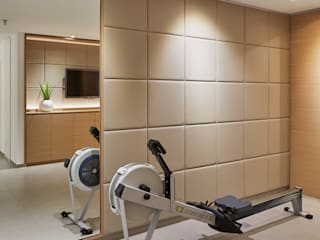 Ruang Fitness by Koitka Innenausbau GmbH