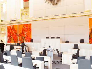 Ausweichquartier Parlament Moderne Kongresscenter von Schwarzott Einrichtungshaus & Werkstätte Modern