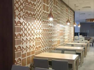 Modern bars & clubs by Luxum Modern