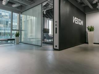 Bautech Sp. Z O.O. Espaces de bureaux modernes Béton Gris