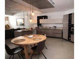 LOFT Málaga: Estudios y despachos de estilo  de ESBOZO Interiorismo