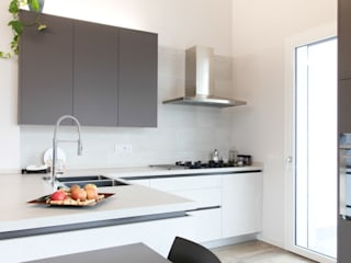 Andrea Picinelli Built-in kitchens