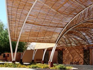 Rustic style garden by Daniel Teyechea, Arquitectura & Construccion Rustic
