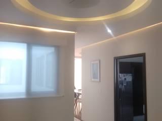 Minimalist corridor, hallway & stairs by DYE-ARQUITECTURA Minimalist