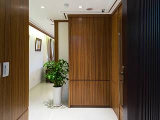 細膩:  客廳 by 松泰室內裝修設計工程有限公司
