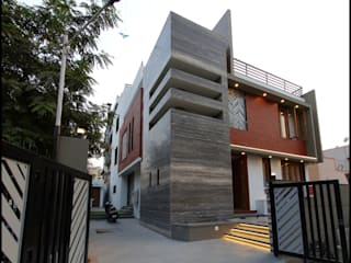 Private Residence:  Bungalows by malvigajjar,Modern