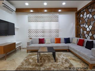 Private Residence:  Living room by malvigajjar,Modern