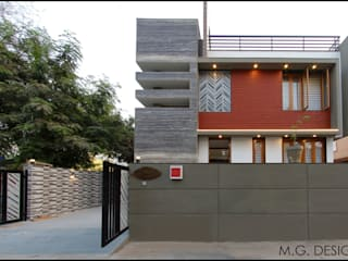 Bungalow Facade:  Houses by malvigajjar