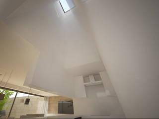 HJS: Cozinhas  por Terra Arquitectos,Moderno