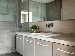 SAINZ arquitetura Modern style bathrooms Concrete Grey